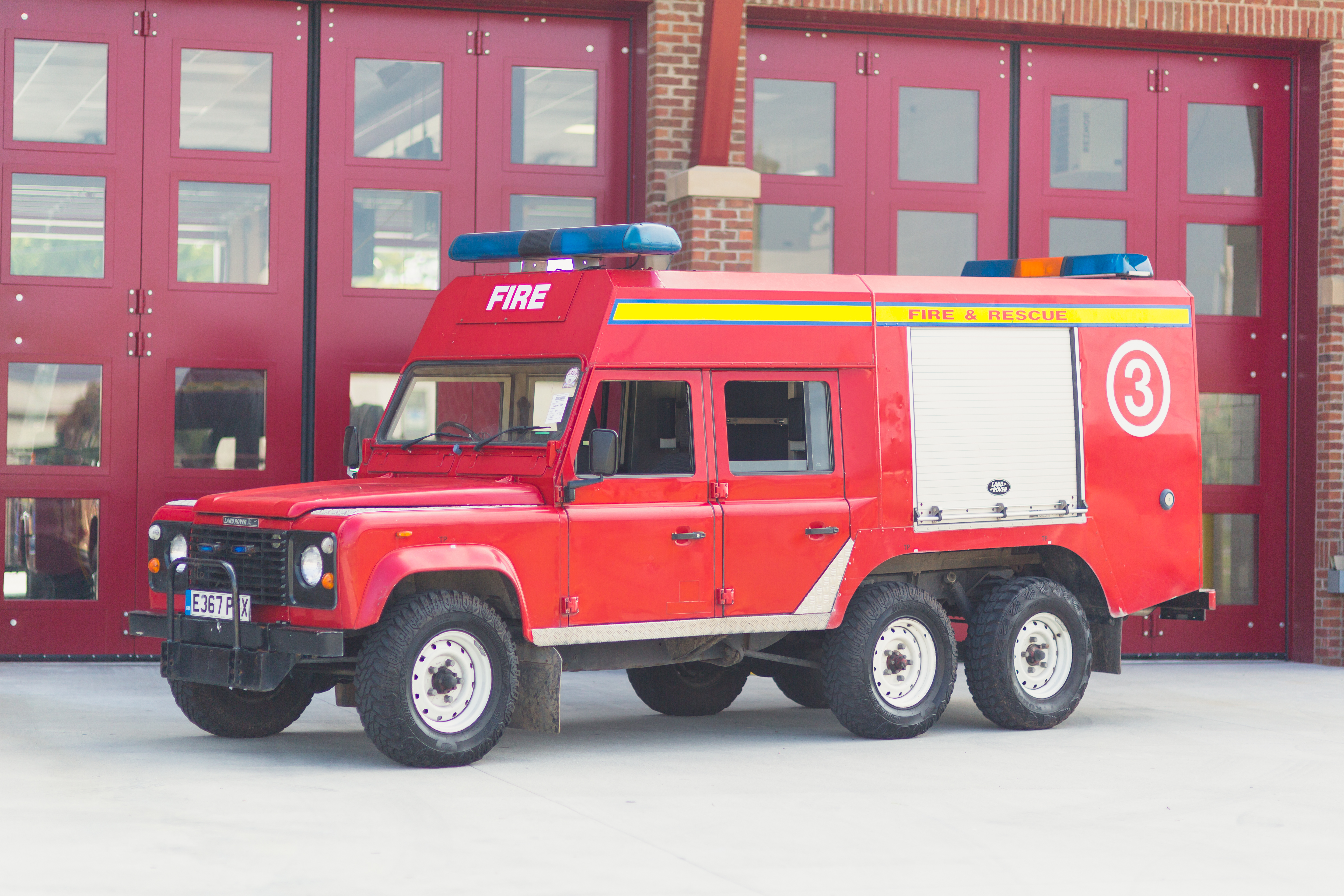 6 215 6 Firetruck Land Rover Defender V 8 Relic Imports Land Rover Defenders And Exotic Cars