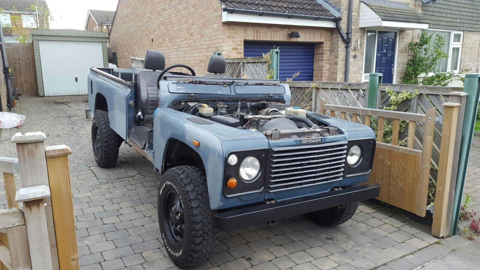 Under Construction 110 200tdi Soft Top Arriving Soon Relic 1975 Land Rover Defender 90