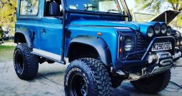 "Land Rover Defender 90 TDI ""Monster"""